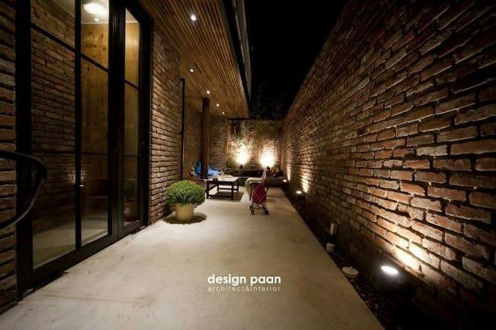 전주 막걸리 골목. 혜오가의 또다른 공간. [garden혜오] - Wansan-gu, Jeonju-si - Ev
