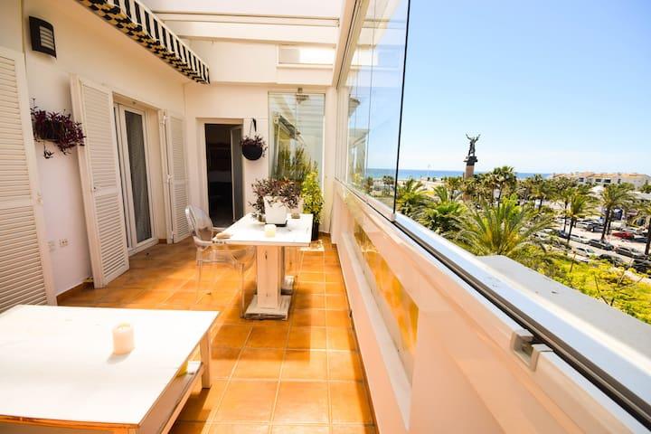 Penthouse in 1.line beach complex Puerto banús - Marbella - Appartement