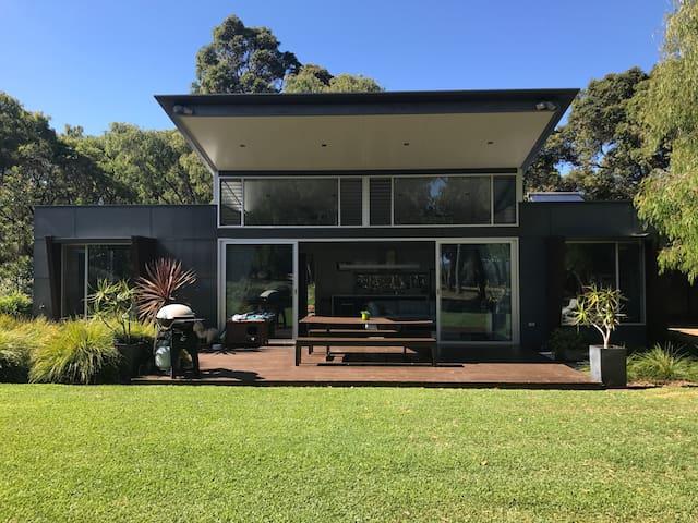 Banksia House - Burnside - Casa