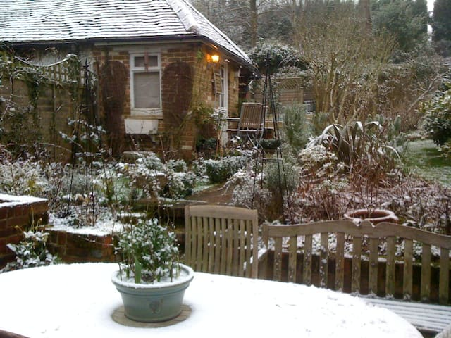 English Country Cottage - Rudgwick - Appartement