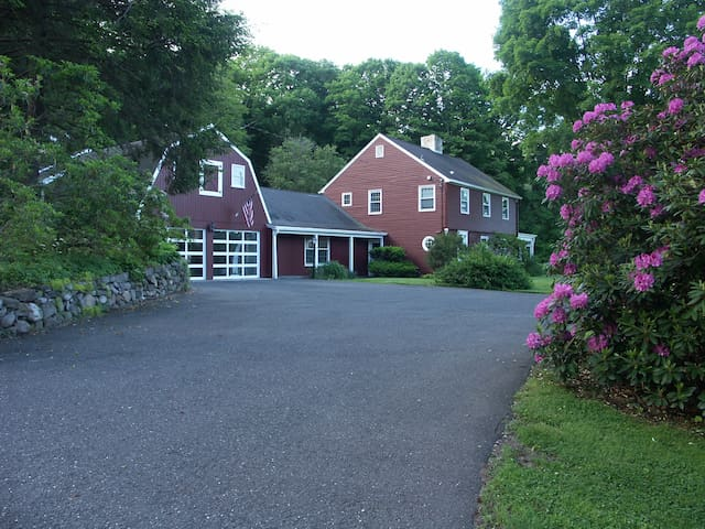 The Perfect Weekend House just 80 min from NYC! - Woodbury - Hus