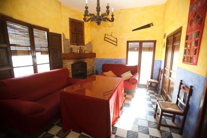La Casa del Carpintero en Atalbeitar - Pitres - Hus