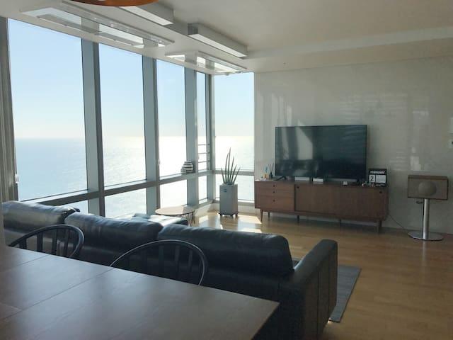 Haeundae MoontanRoad/Private cozy room/Ocean view - Haeundae-gu - Daire