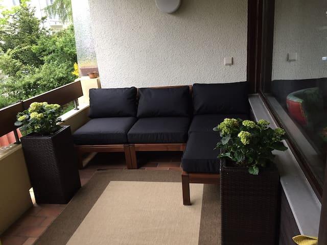 Modern design, sunny studio, perfect location - Bad Bellingen - Appartement