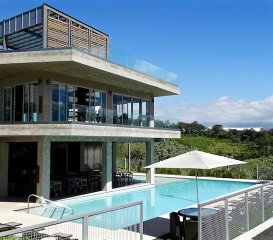 Modern apt, ideal location, amazing amenities - San Jose - Apartament