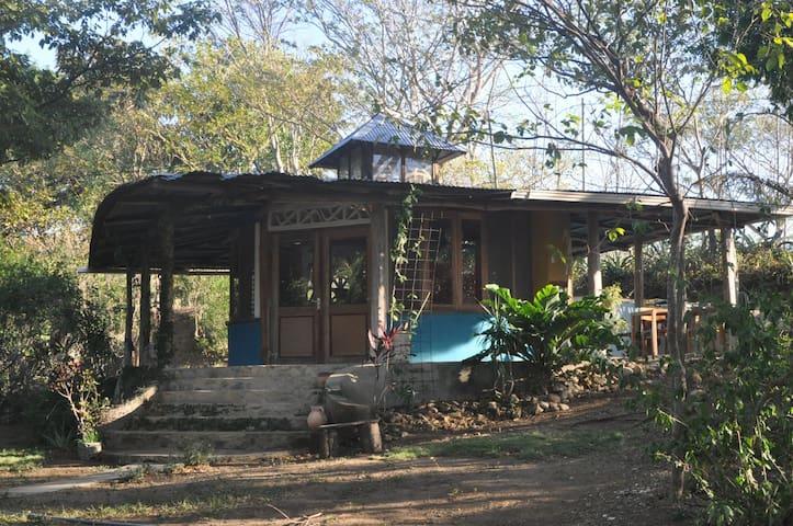 Studio Codeso - La Cruz - Cabane
