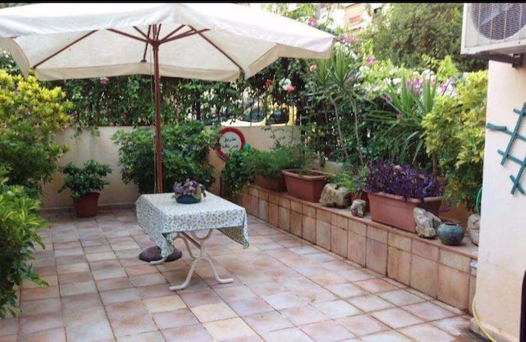 Charming Appartment in Antelias - Antelias  - Appartement