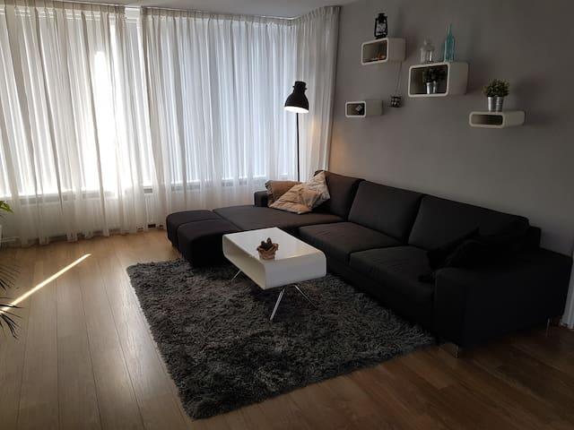 Private luxurious apartment close to Rotterdam - Vlaardingen - Apartemen