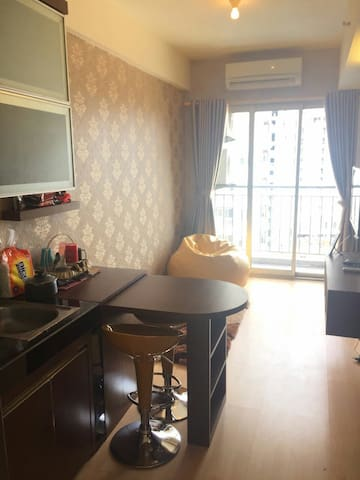 Apartment in BSD City with complete facility+WiFi - Serpong - Apartamento