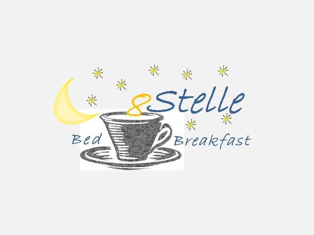 8 stellle - Foggia - Oda + Kahvaltı