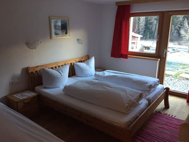 Doppelzimmer - Nauders - Bed & Breakfast