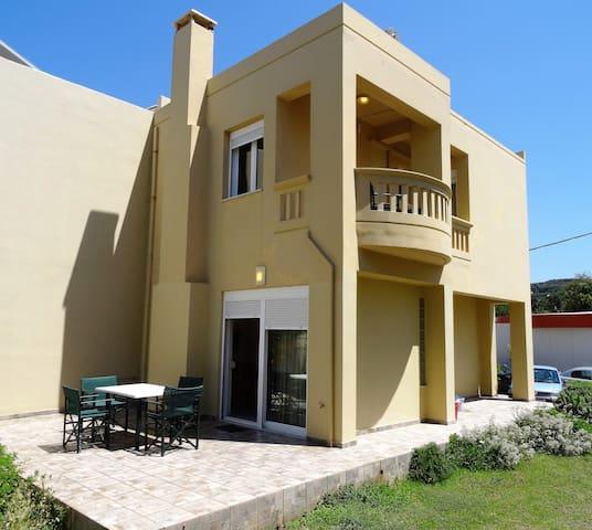 50m from beach split level house in Platanias!!! - Platanias - Ev