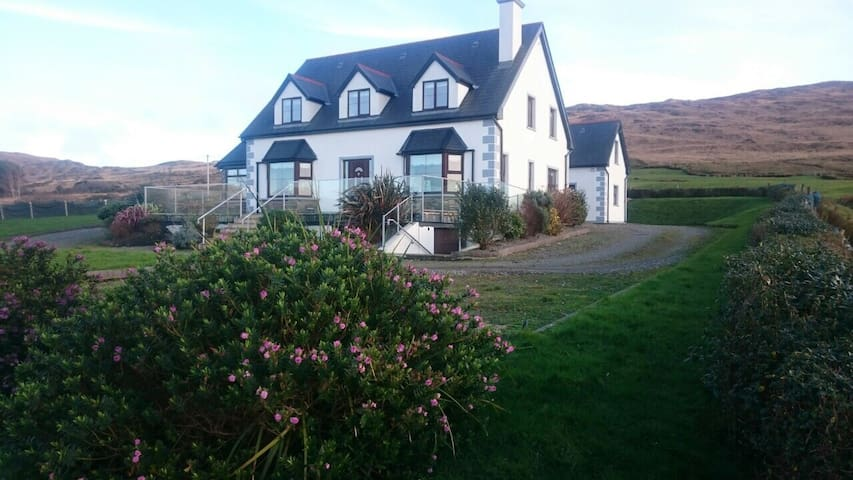 Starbay House Self catering in Beara - Beara  - Hus