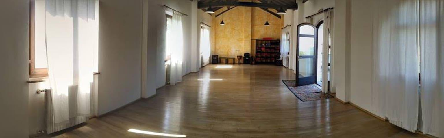 Sala Yoga & Centro Meditazione - Cecima