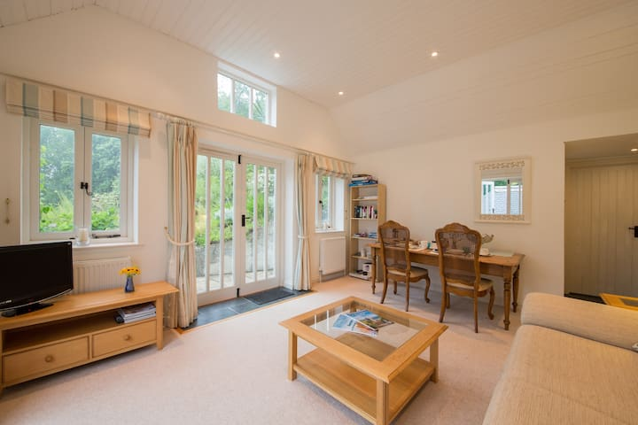 Truro, Self-contained, peaceful BnB - Cornwall - Bed & Breakfast