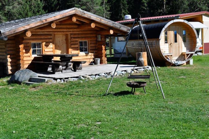Blockhaus Camping Sur En - Scuol - Cabana