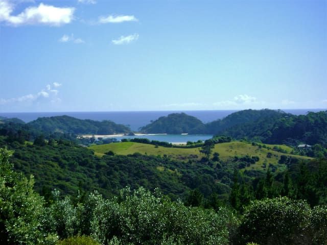 Poor Knights Views BnB - Matapouri - Bed & Breakfast