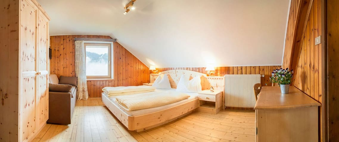 double room in farmhouse - Laghetti - Bed & Breakfast