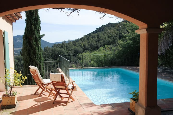 Villa in the hills of Plan-de-la-Tour - Le Plan-de-la-Tour - Willa
