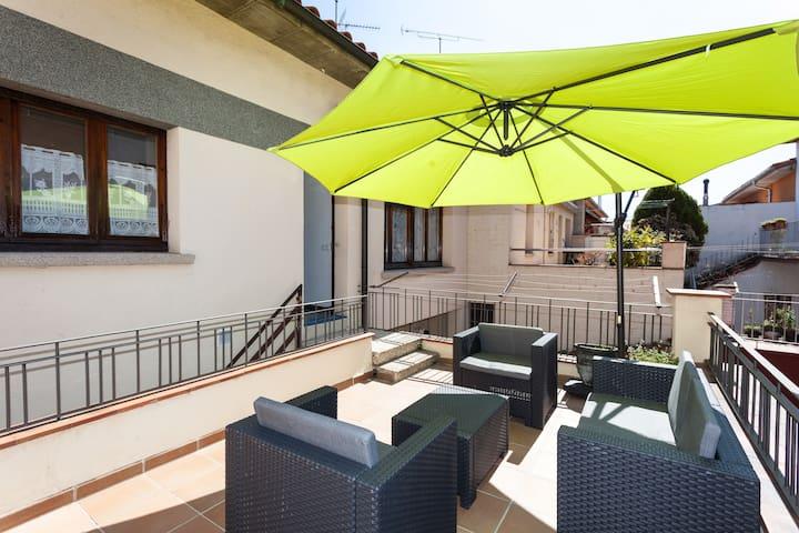 Amplio Piso en Vic - Vic - Apartament