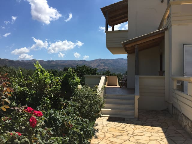 """COUNTRY HOUSE """"IRIS"""" IN SKINES - CHANIA - Skines - Vila"""