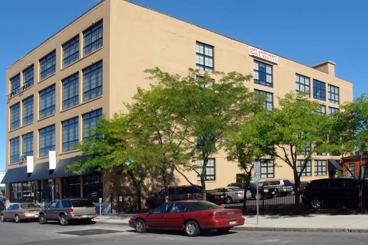 Lofted Apartment - Syracuse - Daire