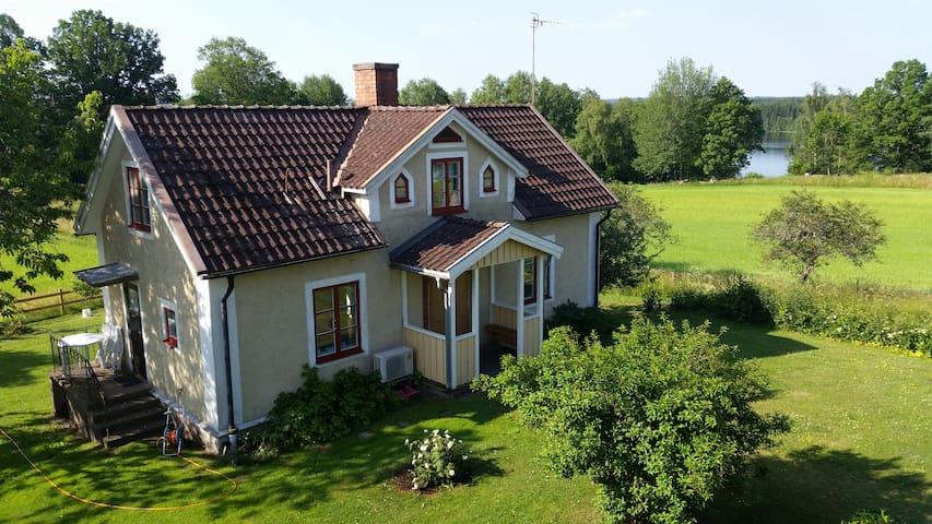 Holidayhouse lake Östra Lägern, Boat, WiFi, Pippi - Österbymo, Ydre - Ev