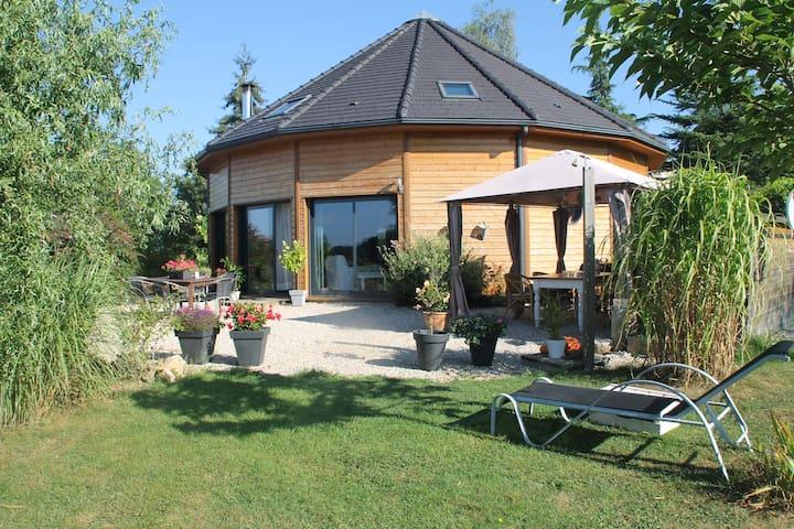 La Maison Ronde - Saint-Martin-la-Méanne - Vakantiewoning