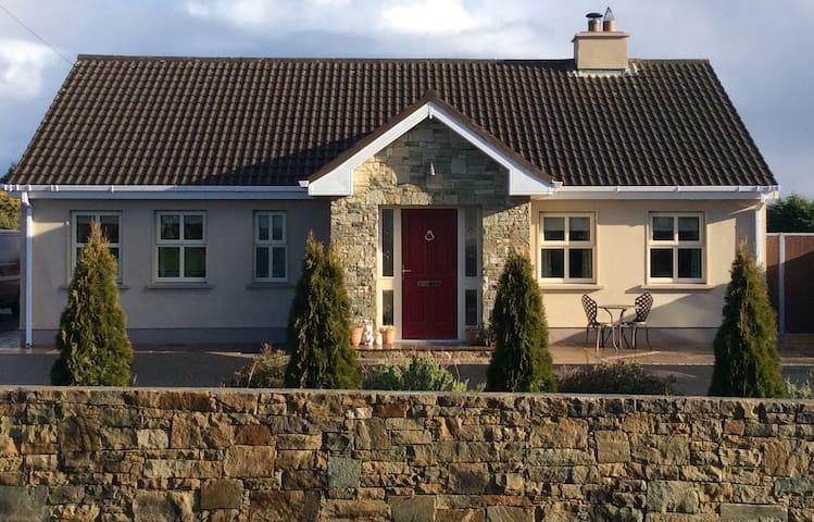 Furrymelia Cottage, Barna, Galway - Galway - Pousada