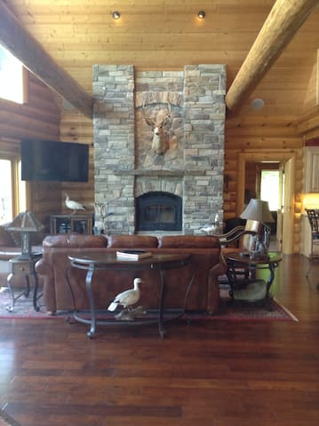 Log Home Living-30 minutes to Omaha and CWS - Thurman - Haus