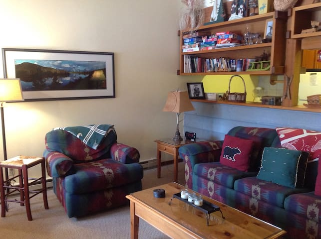 Cozy Condo Retreat w Mountain Views - Wilson - Kondominium