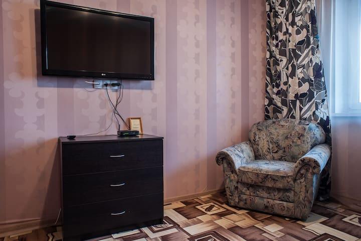 Уютная квартира в новом доме, охраняемая парковка - Minsk - Apartamento