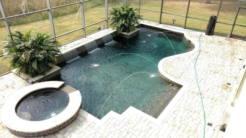 Huge, Pool Home. Private Queen & Twin Room for 1-3 - 基西米 - 獨棟
