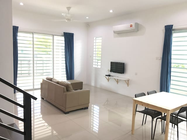 spacious house best for family - Ipoh - Hus