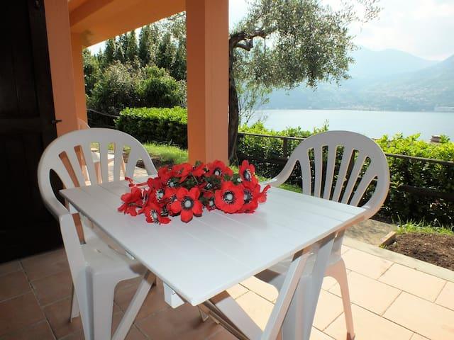 App. Monte Isola in Residence con vista panoramica - Monte Isola - Huoneisto