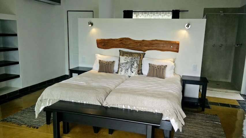 IsiLimela Lodge 2 pers. suite with beautiful view! - Hoedspruit - Appartement