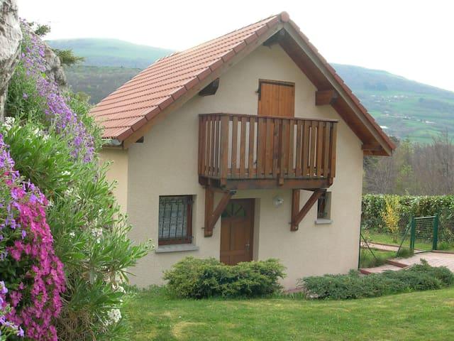 Maison au calme dans cadre exceptionnel - Cholonge - Huis