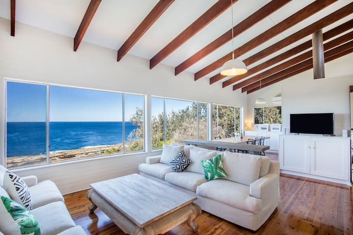 The Guesthouse: Absolute Oceanfront - 莫里莫科海灘(Mollymook Beach) - 獨棟
