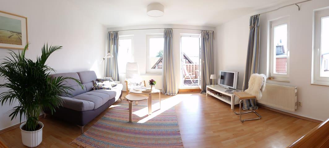 Sonnige Maisonettewohnung in ruhiger Altstadtlage - Güstrow - Lägenhet