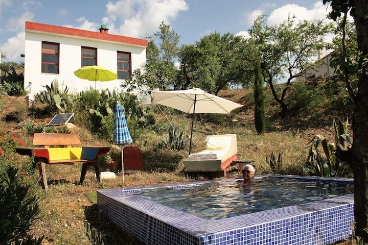 """Farmhouse """"La Alcandora"""" - Sorvilán - Alojamento ecológico"""