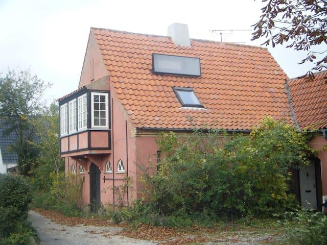 Risø 10min by bus - Jyllinge - Apartemen