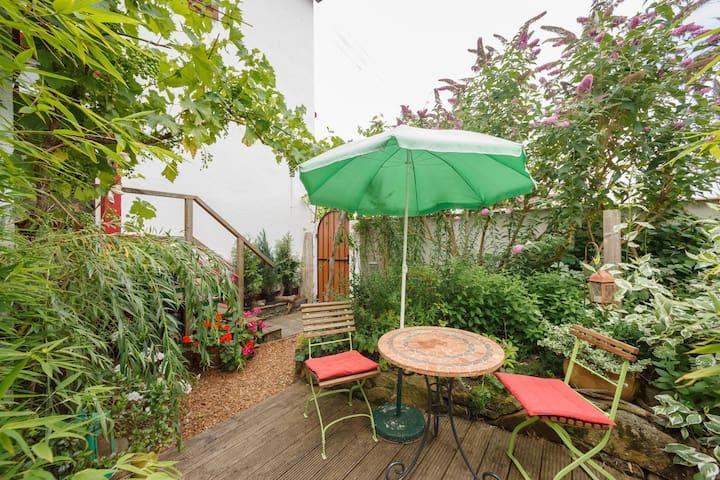 Bright apartment with garden. - Ludwigshafen am Rhein - Departamento
