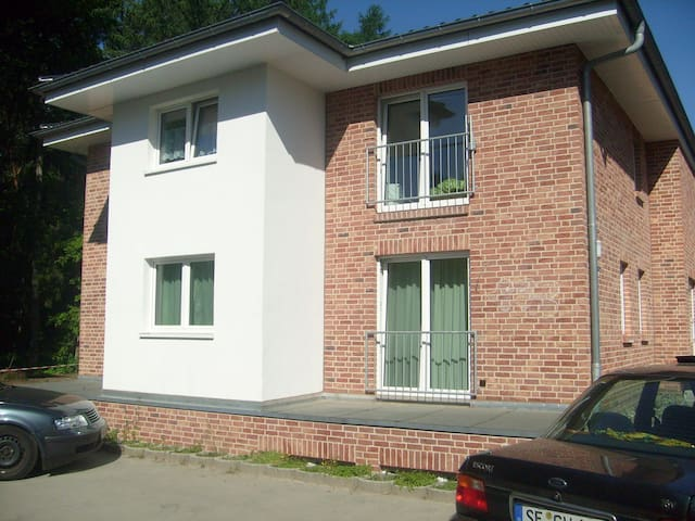 Neuwertige Komfort Wohnung im Norden Hamburgs - Wandsbek - Leilighet