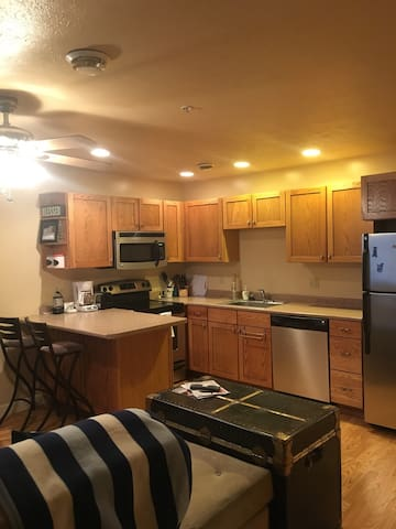 Private apt, close to all amenities - Morgantown - Appartement