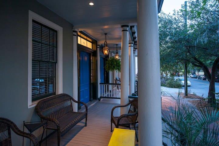 Mansion View: Elegant and Relaxing large 1BR - Savannah - Leilighet