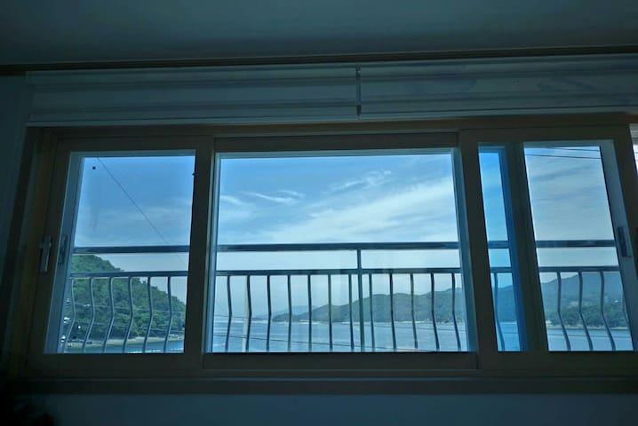 바다 전망의 경치가 아름다운 집 - 통영시 - Talo