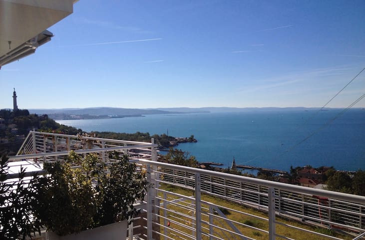 Stunning sea view of the Gulf of Trieste - Trieste - Apartemen