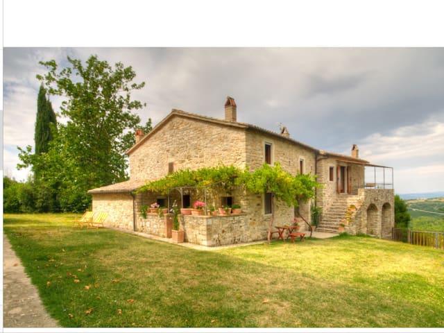 """""""Il Vertano"""" - Acqualoreto - Casa"""