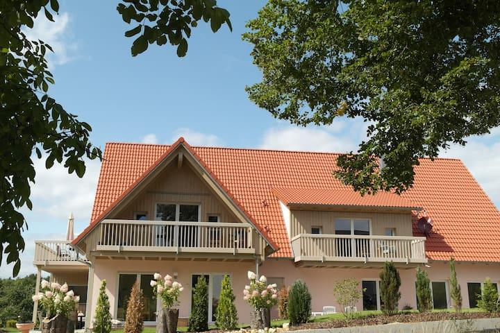 Pension am Kirschgarten Zimmer 5 - Gößweinstein - Pousada