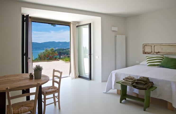 Camera in Villa con incantevole vista sul mare - Lerici